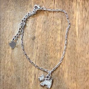 Silver ankle bracelet with cute puppy charm